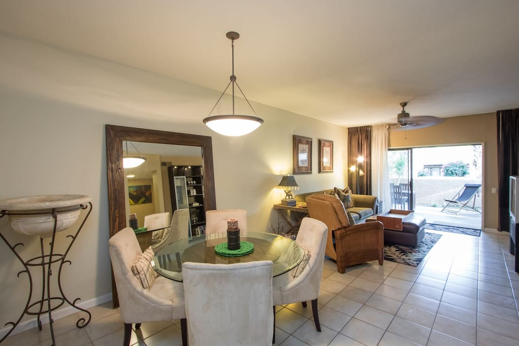 Great room Dining & Entertaining to covered patio/lanai