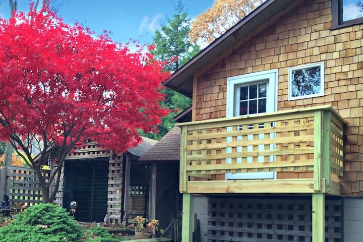 Hygge Haus 10 min from Ohiopyle and Uniontown