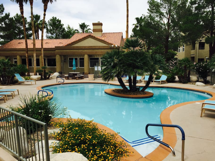 Laguna Palms Furnished 3 Bedrooms Apartments For Rent In Las Vegas Nevada United States