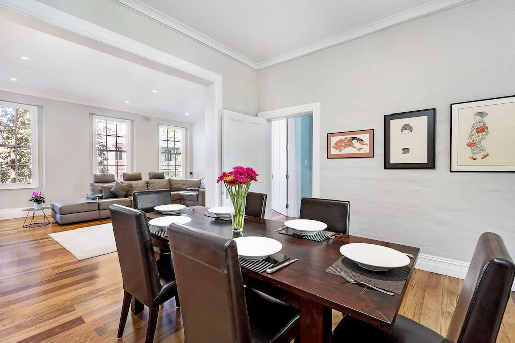 "Dine at the 6 seat dining table. Enjoy 2 entire levels of a open plan modern heritage terrace that boasts light-filled rooms with high ceilings. "".... We enjoyed on the awesome deck overlooking the city. The location was great.""- Cindy O'Brien *****"