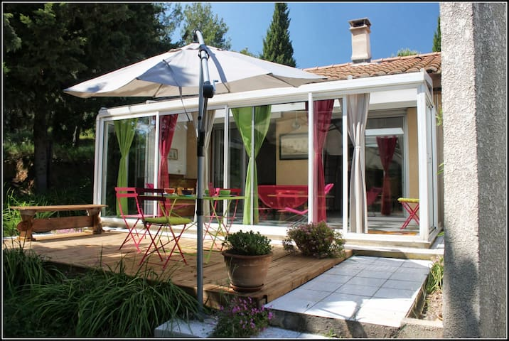 logement de vacances, au calme en bord de pinède - Lézignan-Corbières - Huis