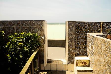 Sea man house - Arcozelo