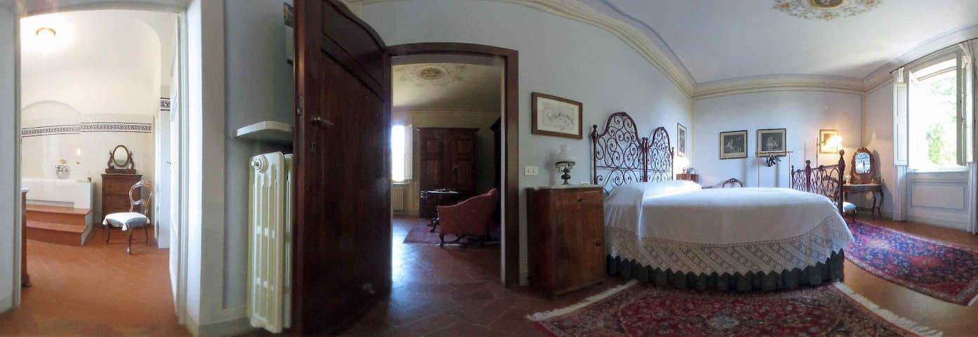 Casa Lami B&B - Gestione Familiare - Vicopisano - Bed & Breakfast