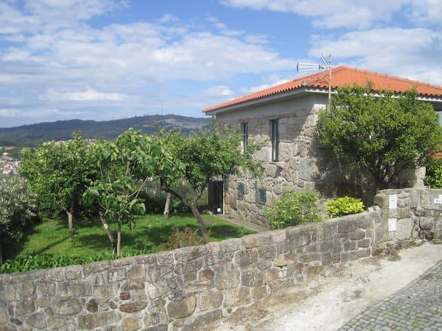 Casa Martinho Rustic House in contry near Porto - Galegos - Casa