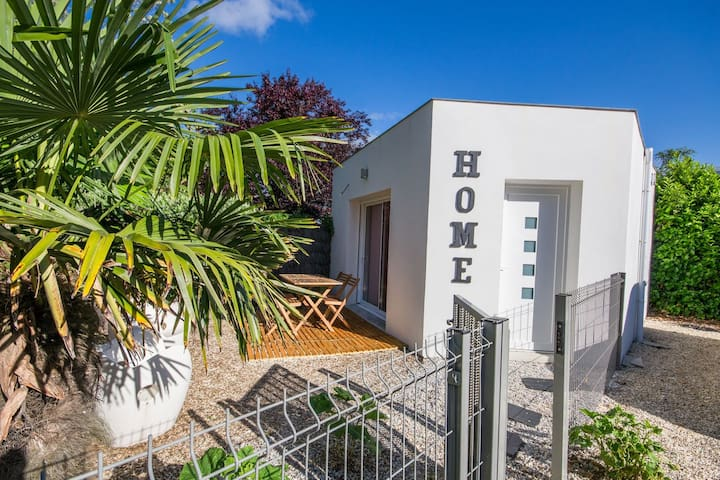 STUDIO HOME ROYAN CENTRE VILLE / PLAGE A PIED