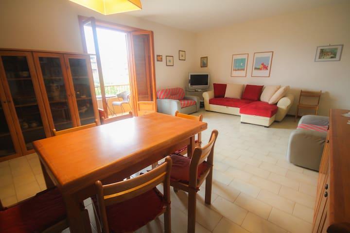 Family apartment near the sea - Oliveri - Apartamento