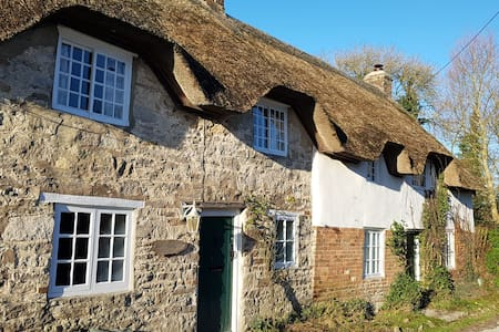 Well  House near Lulworth Cove  sleeps upto 13