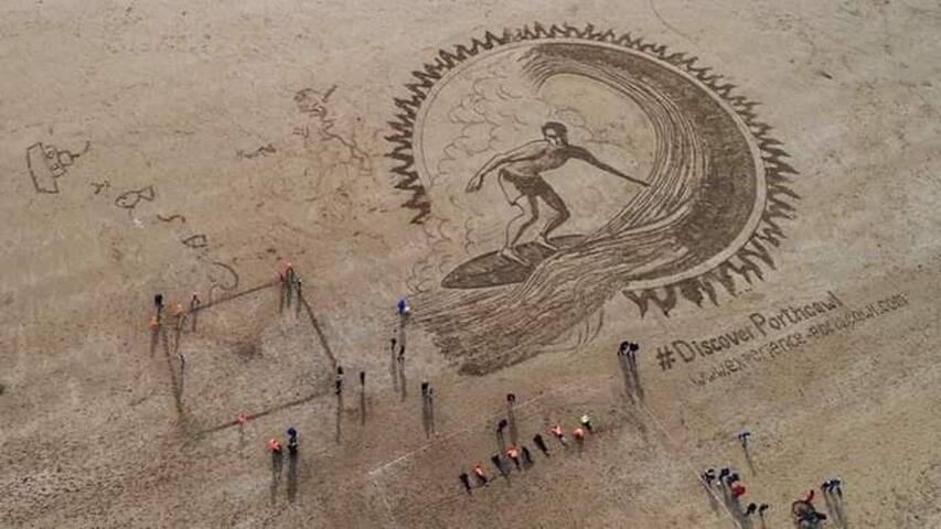 Beach art. Fire and water extravaganza October 2018. Discover Porthcawl.com