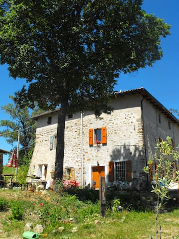 Farmhouse 35 Km from Bologna - Bortolani