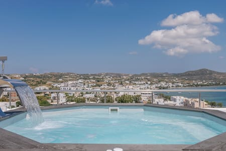 Uncle's House Roof Pool Sea View Adamas