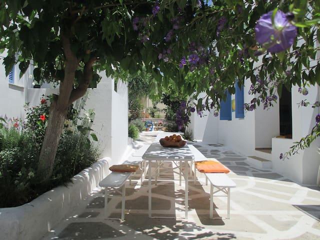Aeolos Sissi  - Sissi