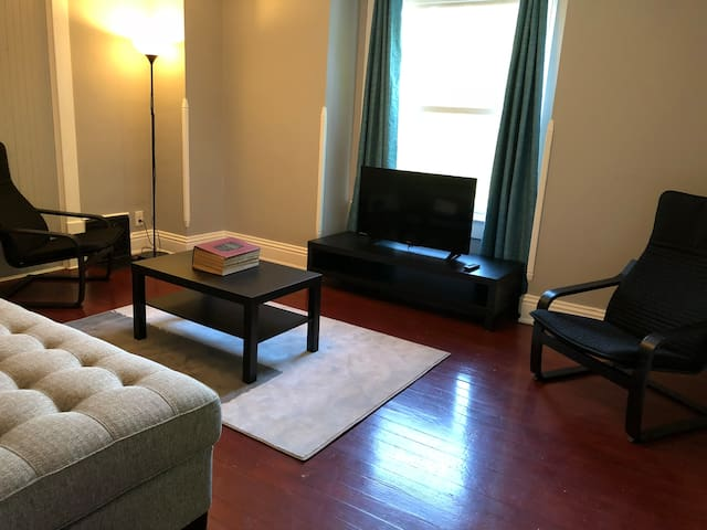 2 Bedroom Apartment Downtown Monticello