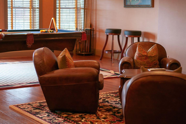 Restoration Bed n' Breakfast - The Washington Room