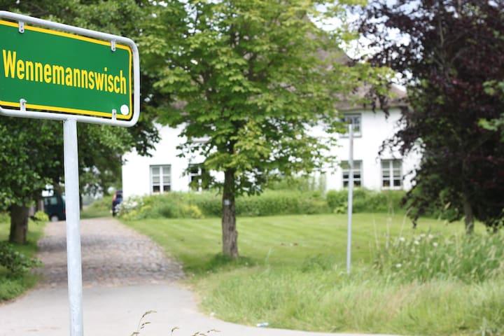 Charmante FeWo Nähe Nordsee - Norderwöhrden - Wohnung