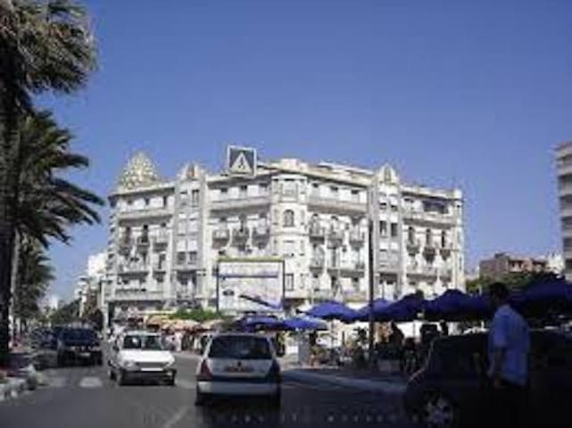Très bel appartement avec vue sur le front de mer - Oran - Appartement