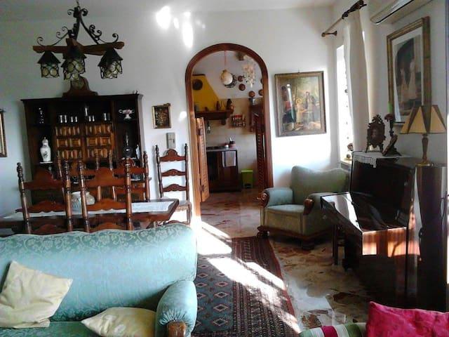 Country house a 7km da Amalfi coast/ Salerno