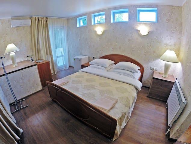 Гостевой дом МиЯ - Лазурный и Янтарный - Востряково