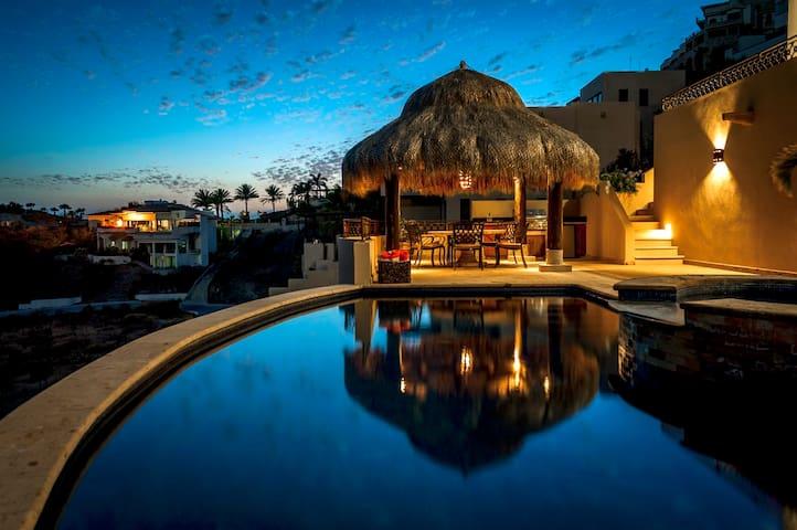 Luxury Pedregal Villa Sebastian, 7th Night Free!