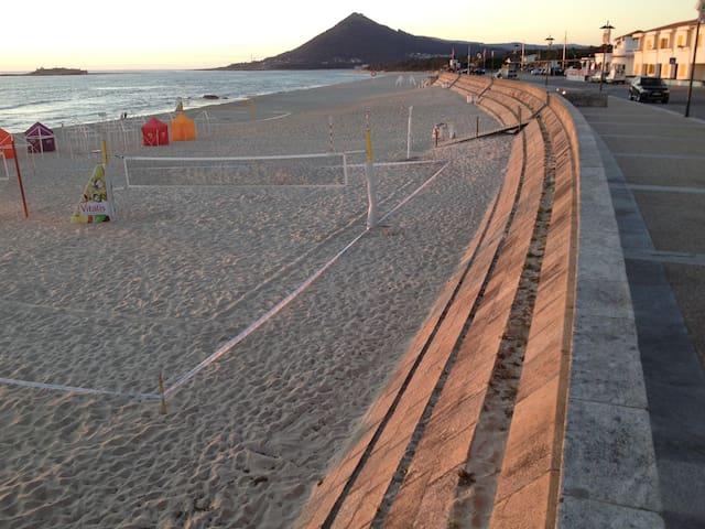 BeachHouse Awarded Ideal for family - Moledo - House