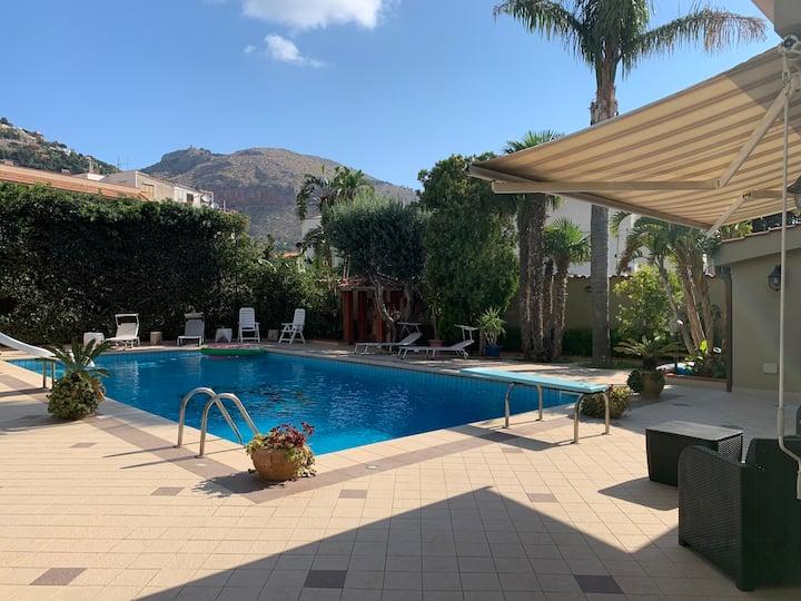 Villa Family con piscina