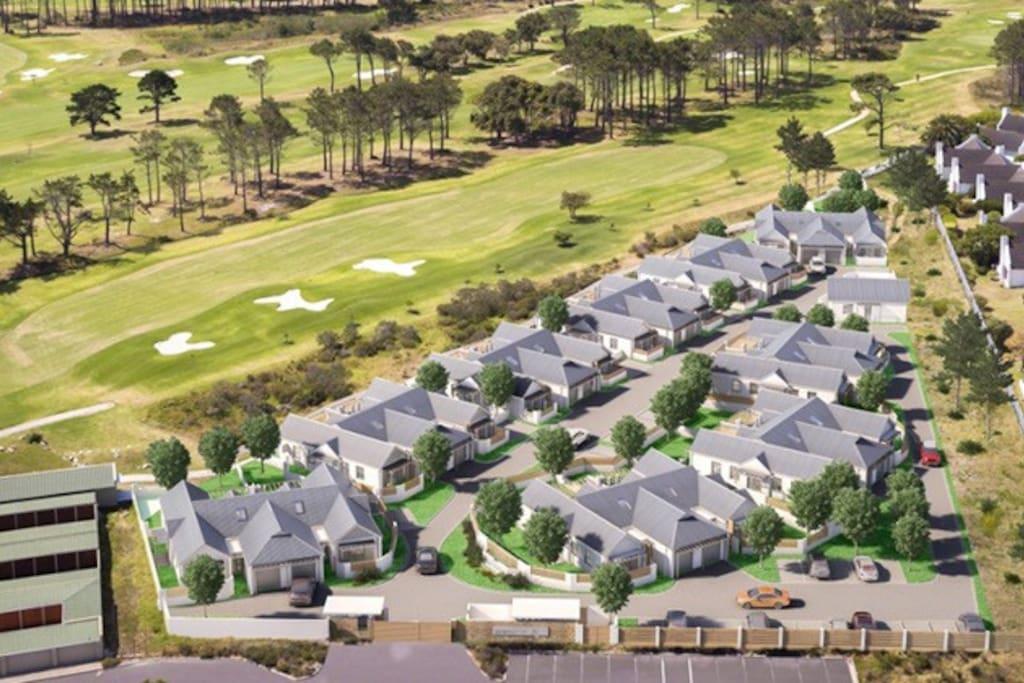 Eighteen on 18 Security Golf Estate