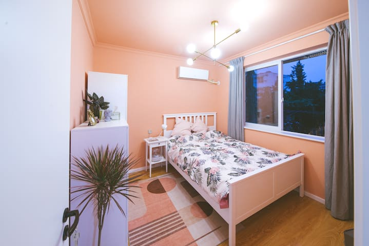 """""""Rose Pink"""" High Quality Homestay"""
