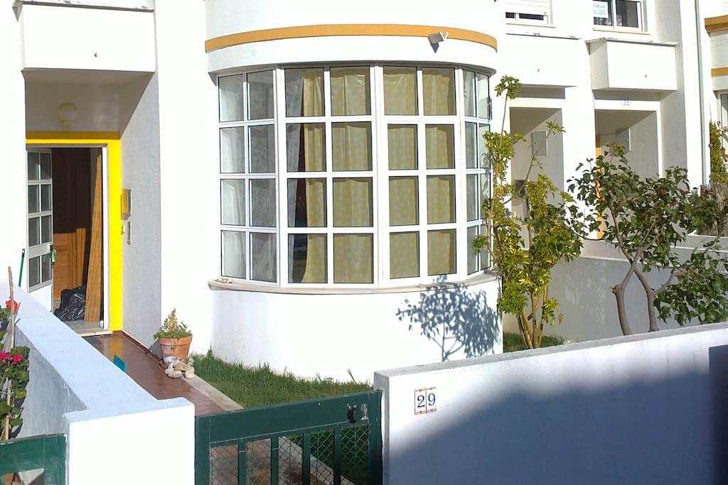 Frente da casa / House front view