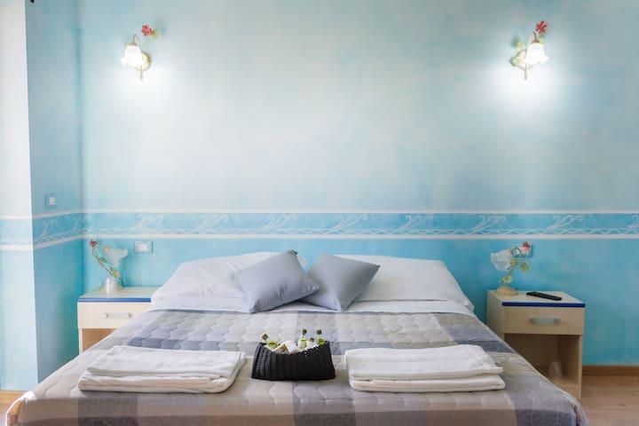 Hotel L'Aquila - Monticchio - ที่พักพร้อมอาหารเช้า