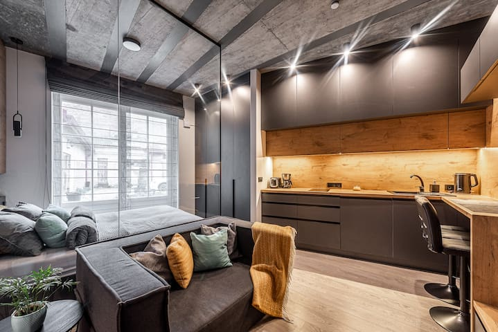 Modern Designer Studio in the Heart of Old Town #1
