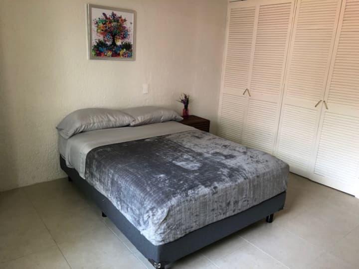 Habitación conveniente y práctica ubicadísima