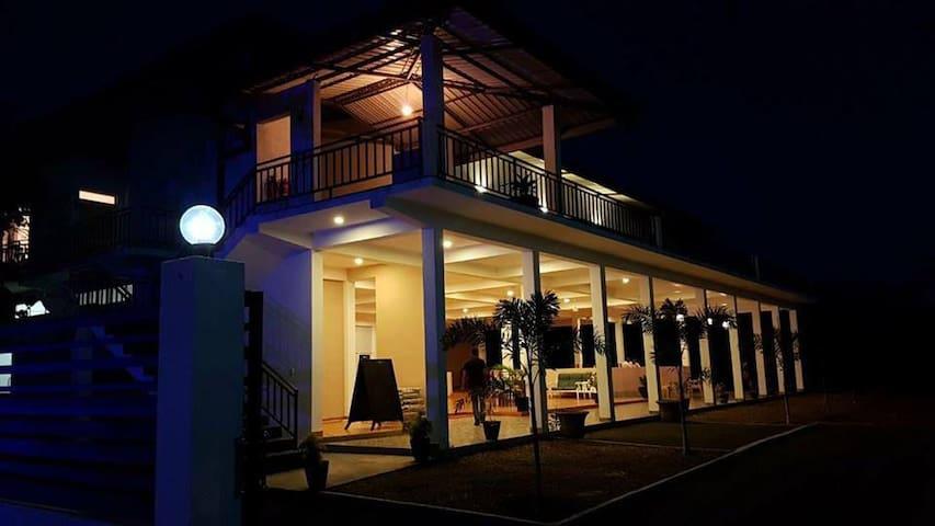 Aqua House Yala