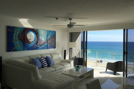 Palm Beach BLISS...ON THE BEACH! - Palm Beach - Apartment