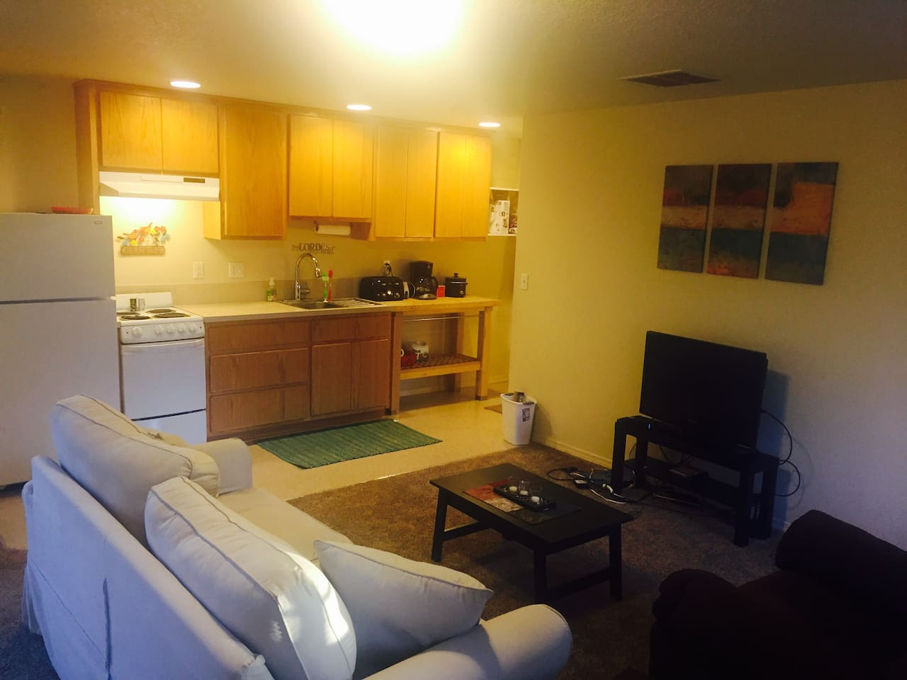 Sweet studio in the Couv - Apartments for Rent in Vancouver ...