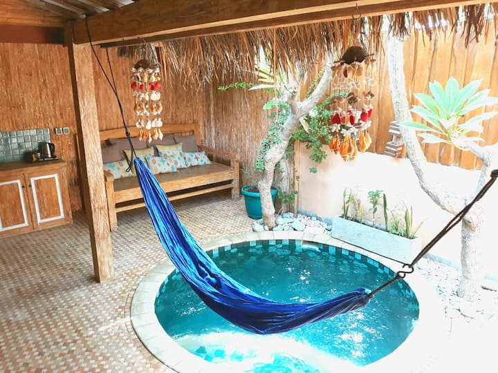 """Jawa House, private Villa with Whirlpool """"Lare"""""""