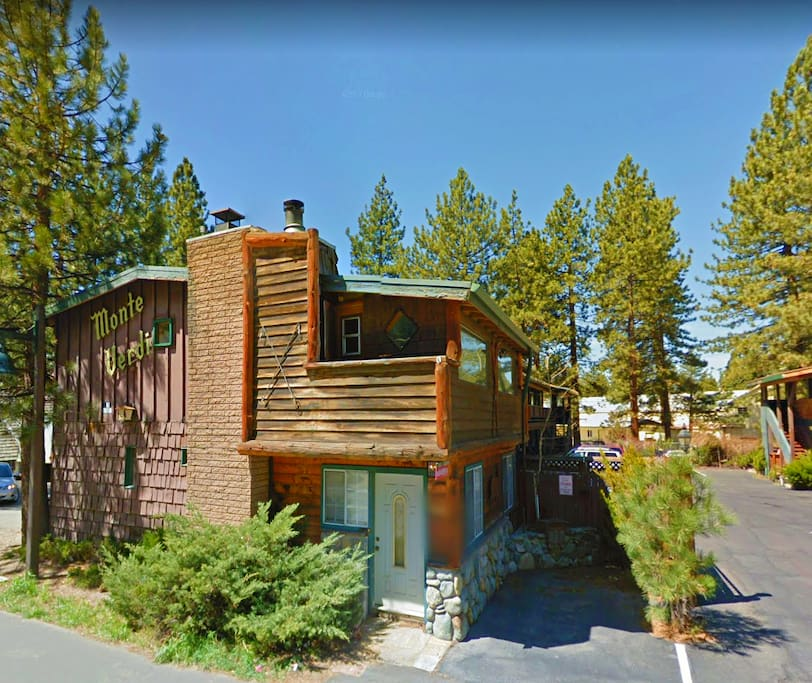 This 2-bedroom condo has a Tahoe/Cabin style decor. Enjoy sitting around the river rock fireplace after a day of adventure.