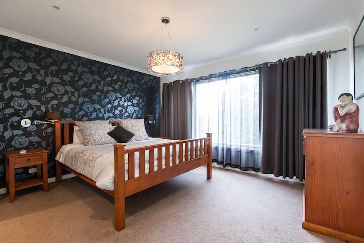 Beautiful large modern family home - Melbourne - Rumah