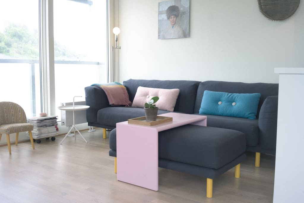 TED sofa in the livingroom. Sliding doors to the french balcony overlooking the fjord and the Ekeberg hills.