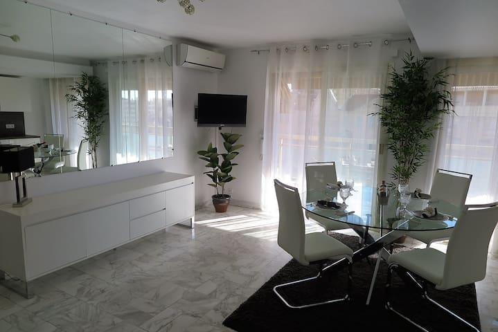 Lovely apartment 5mn walk beach, Croisette, Palais