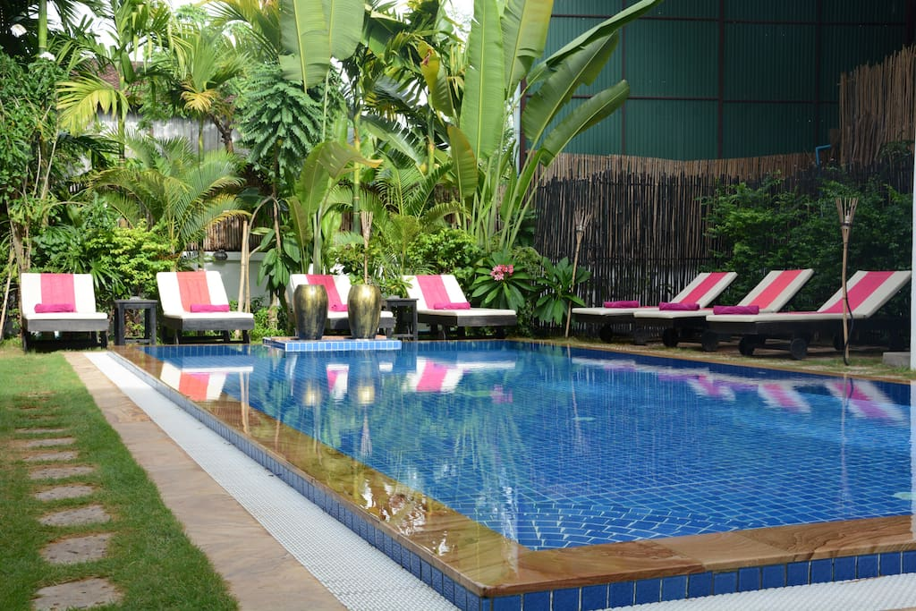 Outdoor Swimming Pool-288 Boutique Villa