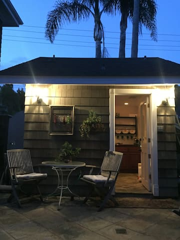 Tiny House Experience! - Dana Point - Bungalo