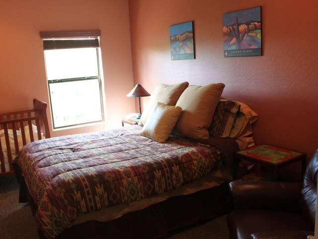 Third Bedroom; Queen bed