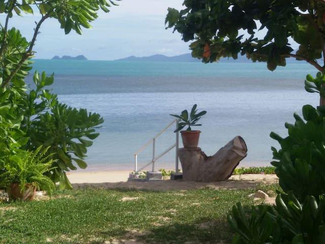 Samui Beachfront villa with sea view