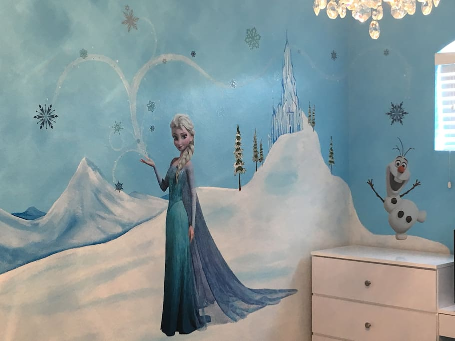 Frozen Themed Room (Upstairs)