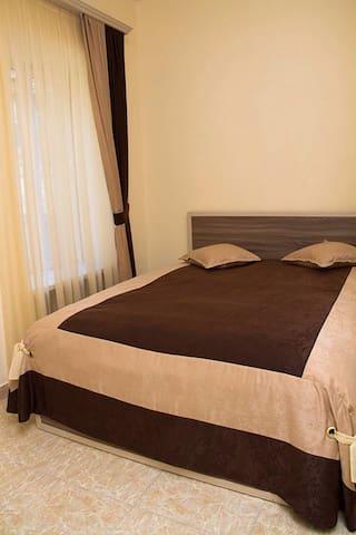 Comfort House Hotel - Yerevan - Bed & Breakfast