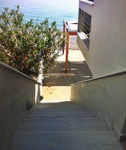 Beachfront 50 sq appartment - Appartement