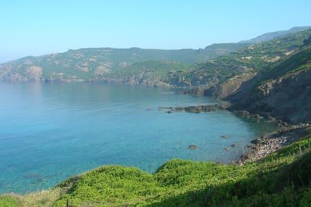 A 3 km dal mare di Bosa Marina - Modolo