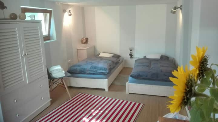 near MUC airport: nice rooms in a friendly house