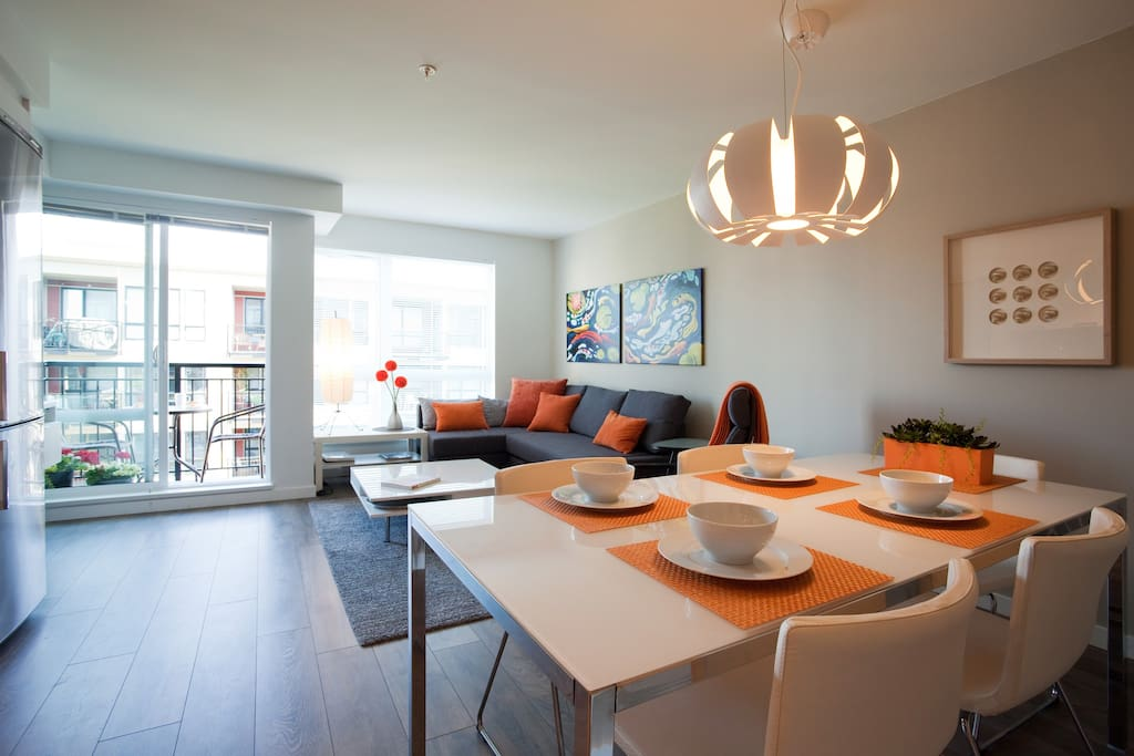 Bright and cheerful open concept apartment.