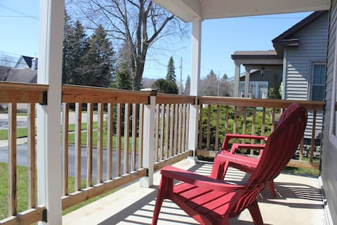 Central, Cozy, Completely Renovated Charmer!