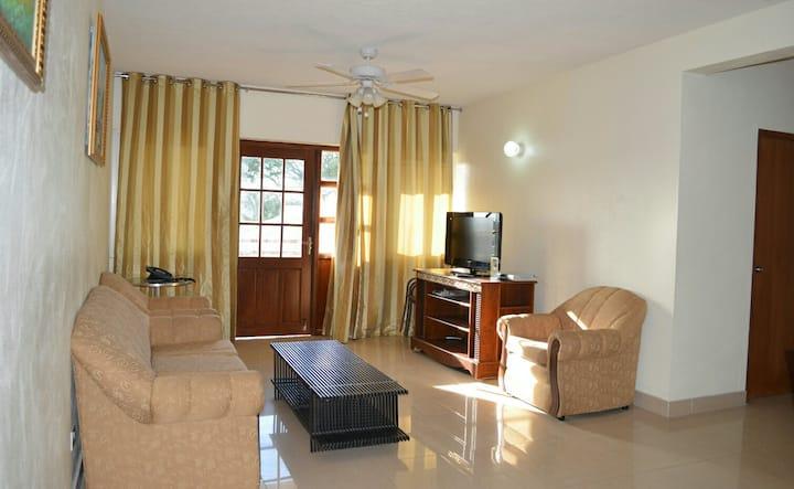CHOJ RENTALS  - Sun Island Apartments 9